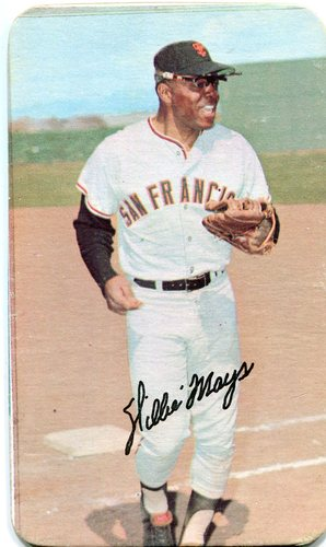 Photo of 1971 Topps Super #56 Willie Mays