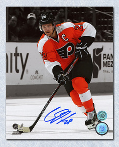 Claude Giroux Philadelphia Flyers Autographed Spotlight 16x20 Photo