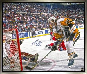 Mario Lemieux - Signed & Framed 20 x 24 Canvas - Pittsburgh Scoring