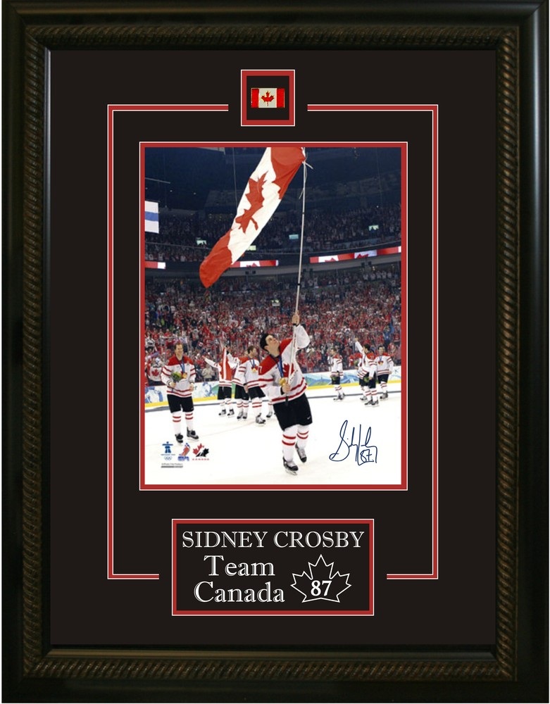 Sidney Crosby - Signed & Framed 8x10 Etched Mat - Team Canada Carrying Flag