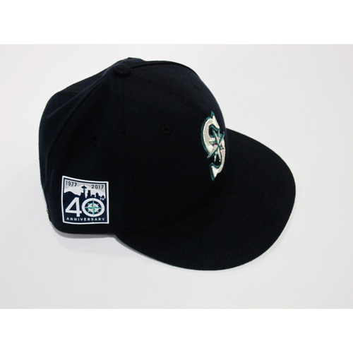 Photo of Guillermo Heredia Opening Day 40th Anniversary Game-Used Cap  Size 71/8