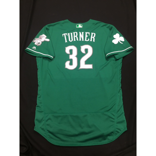 Photo of Stuart Turner -- Game-Used -- Irish Heritage Jersey -- Worn for Bronson Arroyo Farewell Game -- Red Sox vs. Reds -- 9/23/17
