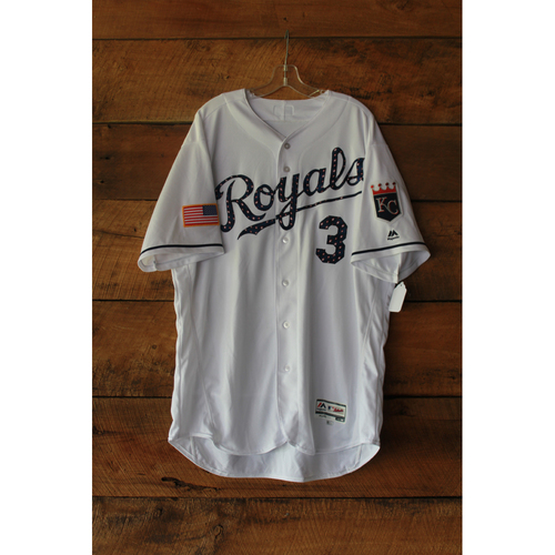 Photo of Ned Yost Game-Used Jersey (7/2/17 MIN at KC) (Size 50)