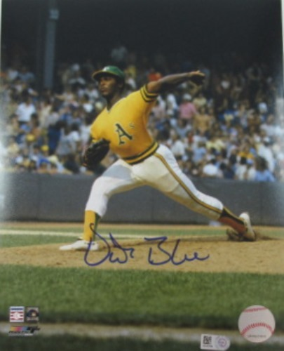 Photo of Vida Blue Autographed 8x10