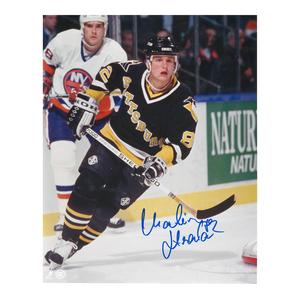 MARTIN STRAKA Signed Pittsburgh Penguins 8 X 10 Photo - 70027