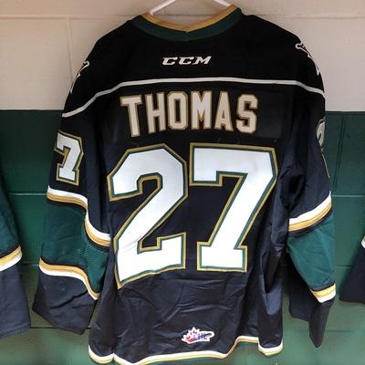Robert Thomas 2016-2017 Black Game Jersey