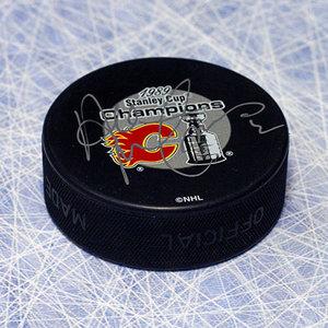 AL MacInnis Calgary Flames Autographed 1989 Stanley Cup Puck