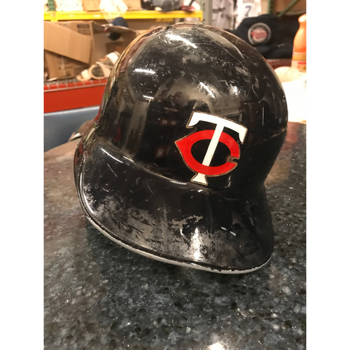 Photo of 2017 Game-Used Helmet - Eduardo Escobar