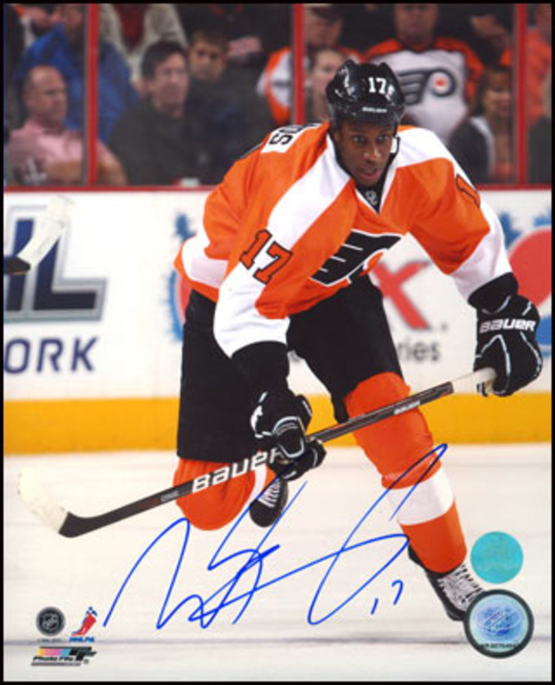 WAYNE SIMMONDS Philadelphia Flyers SIGNED 8x10 Action Photo