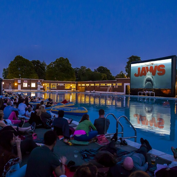 Click to view The Luna Cinema - Jaws.