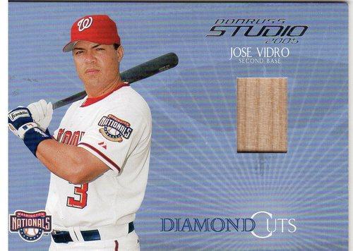 Photo of 2005 Studio Diamond Cuts Bat #23 Jose Vidro/300