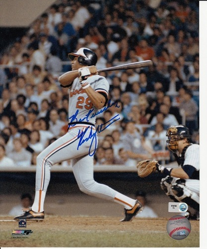Photo of Ken Singleton Autographed 8x10