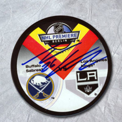 THOMAS VANEK Buffalo vs. Los Angeles SIGNED 2011 Berlin 1st Game Puck