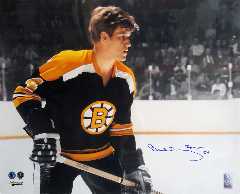 Bobby Orr - Signed 16x20 Bruins Close-Up
