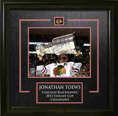 Jonathan Toews - Signed & Framed 8x10 Etched Mat - Chicago Blackhawks Kissing 2013 Stanley Cup