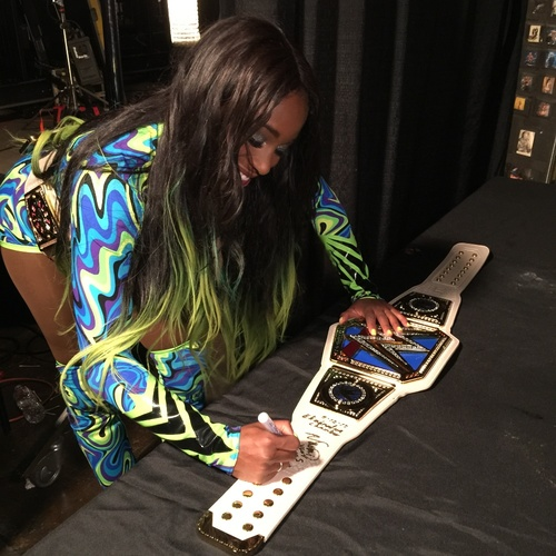 Photo of Naomi SIGNED WWE SmackDown Women's Championship Replica Title (Elimination Chamber - 02/12/17)