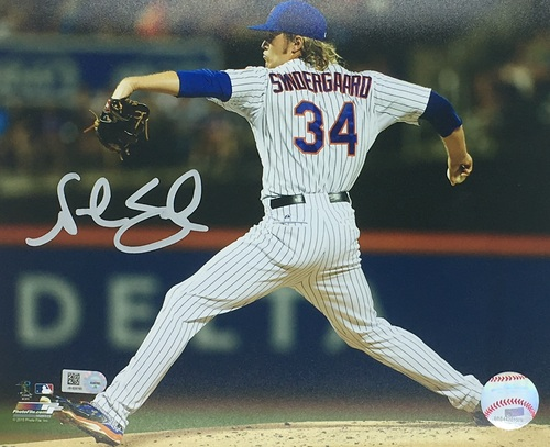 Photo of Noah Syndergaard Autographed 8x10 - White