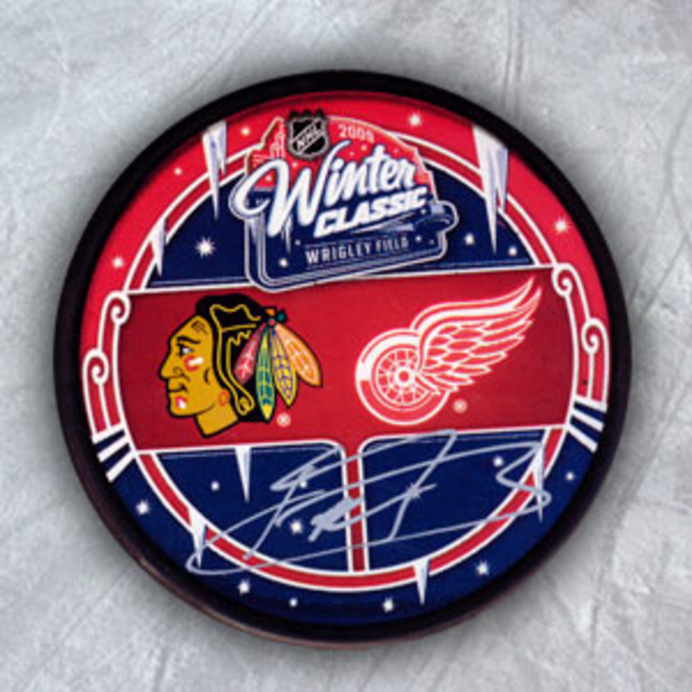 Kris Versteeg Chicago Blackhawks Autographed 2009 Winter Classic Hockey Puck