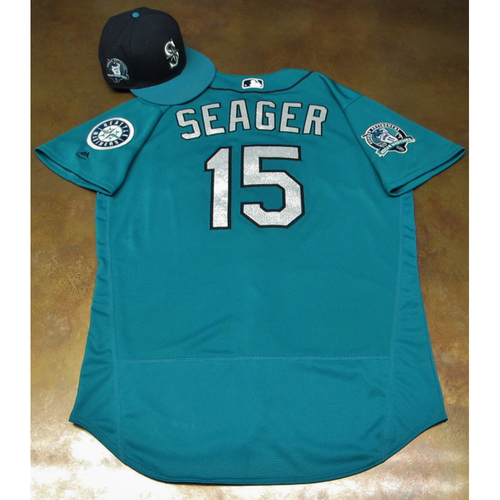 Photo of Kyle Seager Green Game-Used Jersey & Cap With Edgar Martinez Patch Worn 8-11-2017