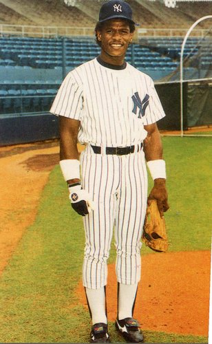 Photo of 1985 Yankees TCMA Postcards #35 Rickey Henderson