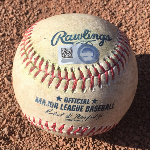 Photo of San Francisco Giants - 2017 Game-Used Baseball - October 1st Final Game - Brandon Crawford Single (also ball in dirt to Pablo Sandoval)