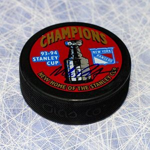 Mike Richter New York Rangers Autographed 1994 Stanley Cup Puck
