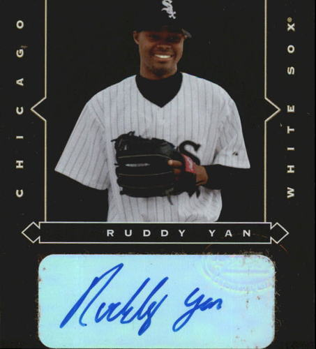 Photo of 2005 Leaf Gold Rookies Autograph #10 Ruddy Yan