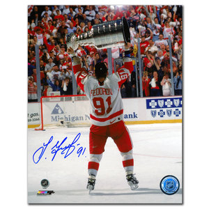 Sergei Fedorov Detroit Red Wings 1997 Stanley Cup Autographed 8x10