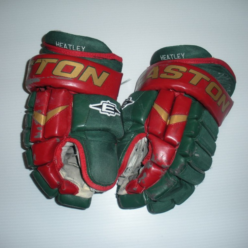 Jukka Nieminen Charity Auction - Minnesota Wild - Dany Heatley - 2013-2014 Game-Worn Autographed Easton Gloves