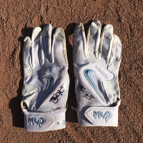 Photo of San Francisco Giants - Autographed and Game-Used Batting Gloves - Brandon Crawford - worn on 10/1/17
