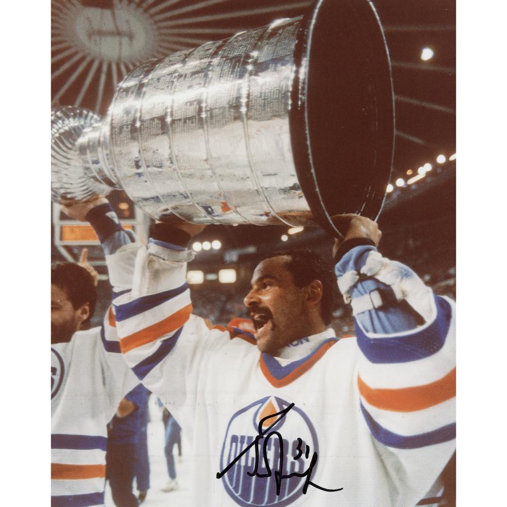 Grant Fuhr Edmonton Oilers Autographed 8'' x 10'' Holding Cup Photograph