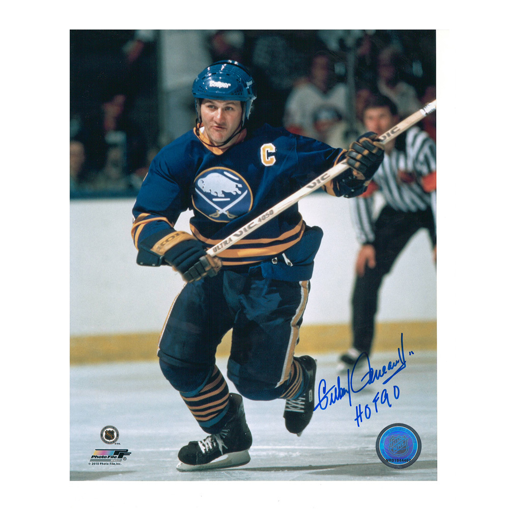 GILBERT PERREAULT Signed Buffalo Sabres 8 X 10 Photo - 70149