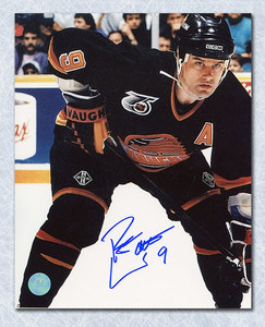 Ryan Walter Vancouver Canucks SIGNED 8x10 Photo