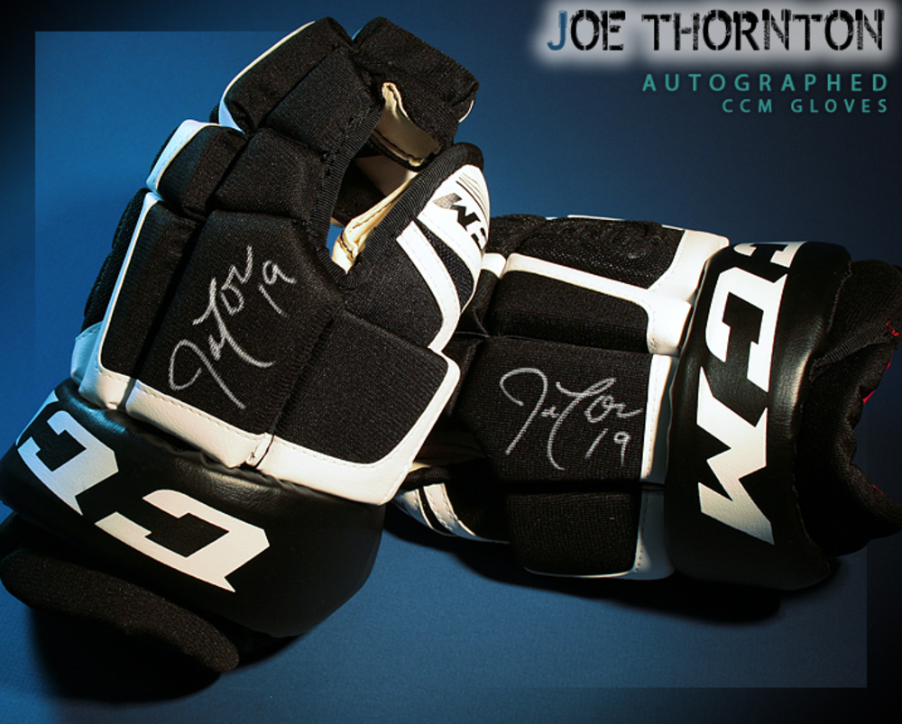 JOE THORNTON Signed San Jose Sharks CCM Model Gloves