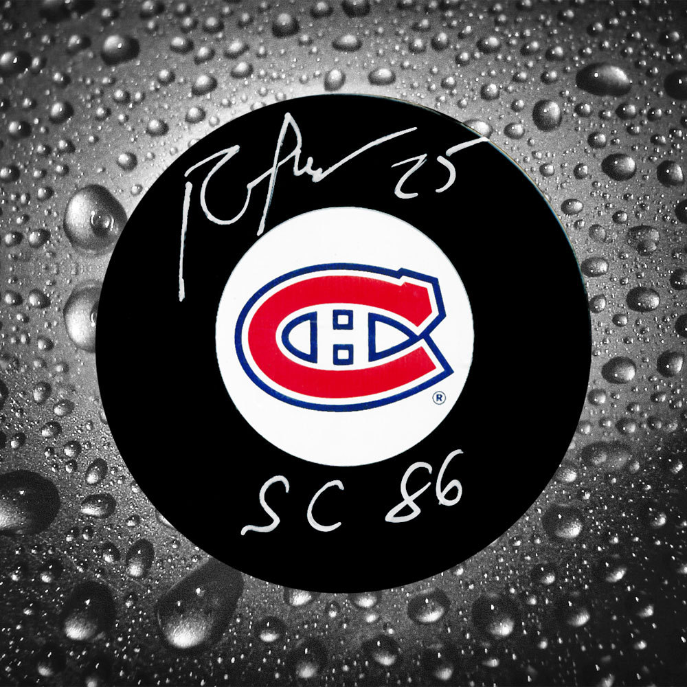Petr Svoboda Montreal Canadiens Autographed Puck w/ 86 Cup Inscription