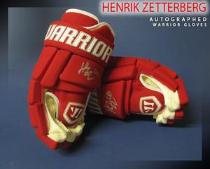 HENRIK ZETTERBERG Signed Detroit Red Wings Warrior Model Gloves