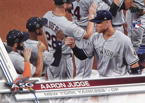 Photo of 2017 Topps Update #US166B Aaron Judge SP/giving fist bumps