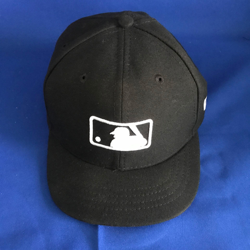 Photo of UMPS CARE AUCTION: Black MLB Hat with 2016 Spring Training Patch, Size 7 1/8