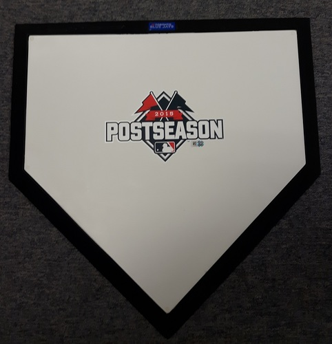 Photo of Authenticated Team Issued Ceremonial Home Plate (2015 Postseason)