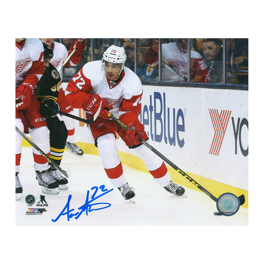 ANDREAS ATHANASIOU Signed Detroit Red Wings 8 X 10 Photo - 70178