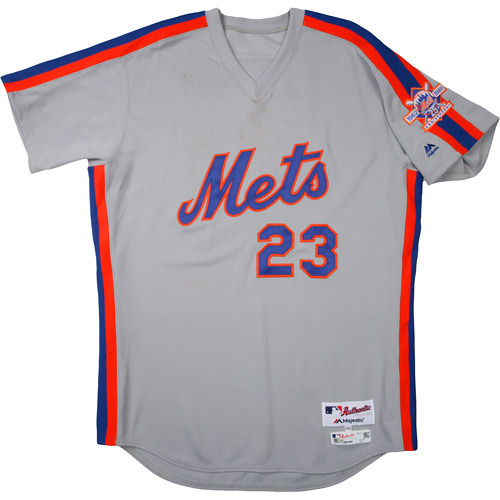 Photo of New York Mets 1986 Throwback Complete Game-Used Uniform Set - Dick Scott