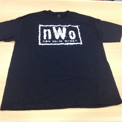 Hulk Hogan SIGNED nWo T-Shirt