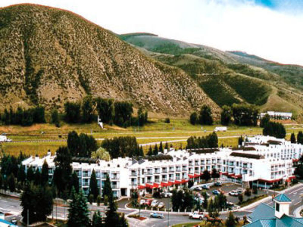 Bid on a 7 Night Stay in a 1 bedroom Suite at The Christie Lodge in Avon, Colorado Near Vail and Beaver Creek