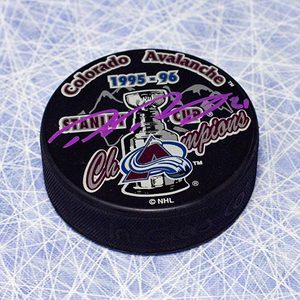 Peter Forsberg Colorado Avalanche Autographed 1996 Stanley Cup Puck