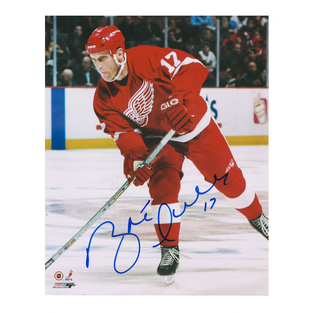 BRETT HULL Signed Detroit Red Wings 8 X 10 Photo - 70190