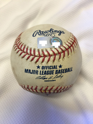 Photo of Game-Used Baseball from Jim Thome's 500th Career Home Run Game - September 16, 2007 at US Cellular Field