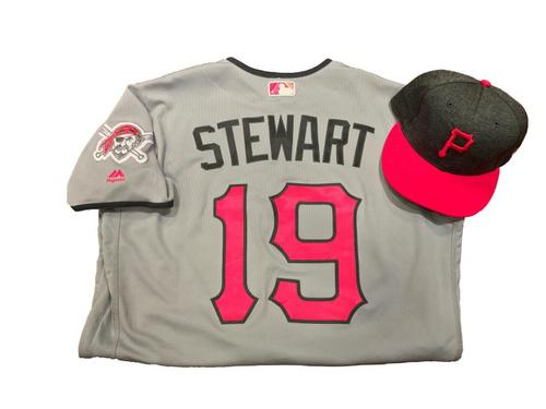 Photo of Chris Stewart Game-Used Mother's Day Jersey and Hat