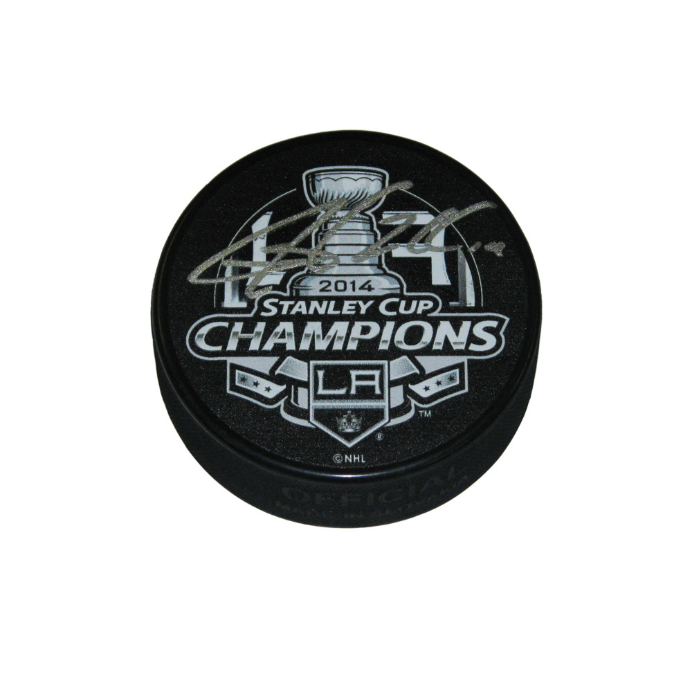 JUSTIN WILLIAMS Signed 2014 Stanley Cup Champions Puck - Los Angeles Kings