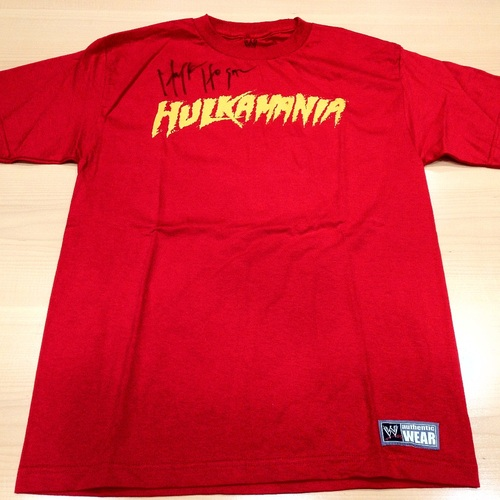 Hulk Hogan SIGNED Red Hulkamania T-Shirt