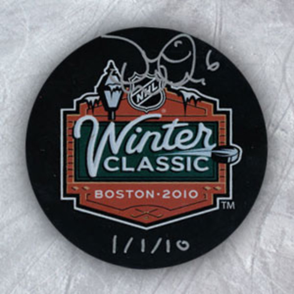 Dennis Wideman Boston Bruins Signed & Dated 2010 Winter Classic Puck
